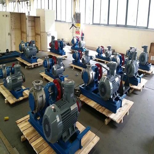 齿轮油泵厂家介绍产品的管路布置方式